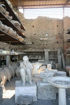 "Pompeii, Italy - how sad, so many casts of the dead are just in ""storage"" along with the other artifacts. Some on official display.others just sitting there Ancient Ruins, Ancient Rome, Ancient History, Pompeii Italy, Pompeii And Herculaneum, Naples, Places To Travel, Places To Visit, Empire Romain"