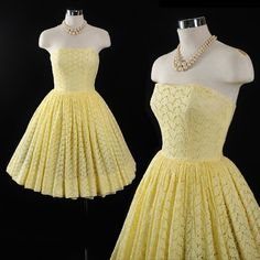 Vintage 1950s Yellow EYELET Strapless Full Pleated Skirt Garden Party 50s Rockabilly Cotton SUNDRESS Garden Party Pinup DRESS Xs Small S