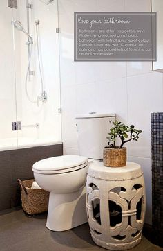 garden stool in the bathroom! City Apartment Decor, Ceramic Stool, Natural Bathroom, Bathroom Furniture, Ceramic Furniture, Garden Seating, Downstairs Bathroom, Dream Bathrooms, Bathroom Inspiration