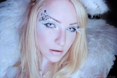 Here we share 21 simple & beautiful Angel Halloween Makeup, Costume Ideas With Tutorial, Videos & Pictures. Enjoy your Angel Halloween Look. Spooky Halloween, Angel Halloween Makeup, Halloween Contacts, Halloween Makeup Looks, Halloween Costumes, Halloween Halloween, Pretty Makeup Looks, How To Look Pretty, Rimmel