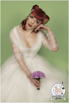 50s Pin-Up Bride: Oh My Honey   Bridal Fashion - Want That Wedding   Unique Wedding Ideas & Inspiration Blog - Want That Wedding   Unique Wedding Ideas & Inspiration Blog