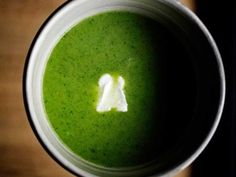 Brokkoli- og hvitløksuppe.