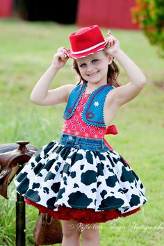 Cowgirl Dress Cowgirl Costume Woody dress Toy by FairytaleJubilee, Cowgirl Dresses, Cowgirl Outfits, Cowgirl Clothing, Cowgirl Fashion, Country Style Outfits, Country Dresses, Toy Story Costumes, Dance Costumes, Traje Cowgirl