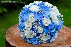 dekoracje ślubne hortensja - Szukaj w Google Bride Bouquets, Bridesmaid Bouquet, Flower Arrangements Simple, Blue Wedding Flowers, Blue Bouquet, Gypsophila, Blue Hydrangea, Tiffany Blue, White Roses
