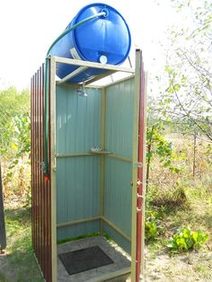 Outdoor Bathrooms, Rustic Bathrooms, Outdoor Baths, Outdoor Projects, Garden Projects, Outdoor Toilet, Outside Toilet, Outside Showers, Casas Containers