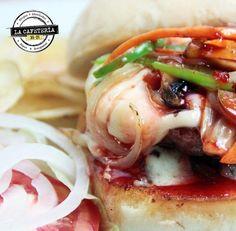 #hamburguesas asiatica de #lacafeteria3521 . #crepes #ARROCES #ensaladas #Cartagena @NOTICARTAGENA #desayunos