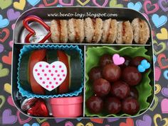 FunBites Bento Lunch; LOVE the bite size sandwiches, great idea and less messy for toddlers!