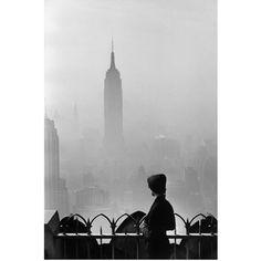 Empire State Building, New York City (USA, 1955) - Eliott Erwitt