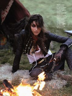 Desert Inspiration - love this idea w/the fire & dark 'Indie gypsy' look!!!