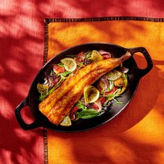 Roasted monkfish with lemons of chin, tomatoes and olives - Cuisine / Madame Figaro Olives, Tacos, Menu, Lunch, Fish, Vegetables, Ethnic Recipes, Figaro, Mille