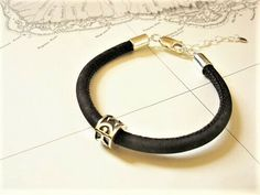 Indalo bracelet ~ 925 silver+ cork, - Help a friend find good fortune - with this magical good luck charm bracelet Online Gift Shop, Online Gifts, Good Luck Gifts, Great Gifts, Good Fortune, Jewelry Gifts, Jewellery, Meaningful Gifts, Inspirational Gifts