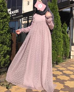 Dress brokat muslimah hijab fashion 22 trendy Ideas Source by sajjalraja brokat Source by WomenDressesShop brokat Source by MadisynDresses brokat Abaya Fashion, Modest Fashion, Skirt Fashion, Fashion Dresses, Fashion Fashion, Hijab Dress Party, Hijab Style Dress, Dress Outfits, Mode Abaya