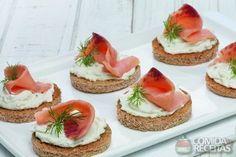 Receita de Patê de ricota com salmão defumado em receitas de molhos e cremes, veja essa e outras receitas aqui!