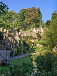 Beautiful World, Beautiful Places, Beautiful Pictures, Places To Travel, Places To See, Arlington Row, English Village, English Cottages, England And Scotland