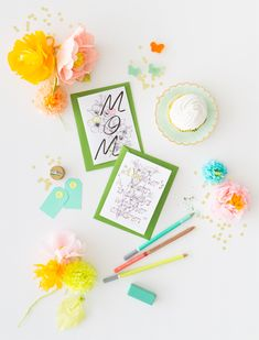 A Mother is a Story Dyi Crafts, Diy Arts And Crafts, Creative Crafts, Diy Crafts For Kids, Mothers Day Cards Printable, Free Printable Cards, Free Printables, Mother's Day Diy, Love Craft