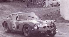 Afficher l'image d'origine Maserati, Bugatti, Lamborghini, Old Sports Cars, Sports Car Racing, Sport Cars, Race Cars, Auto Racing, Ferrari 250 Gto