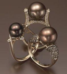 tahitian pearls with chocolate diamonds