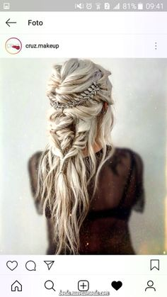 Already have a boho wedding dress but still dont know what to do with your hair? Look through our gallery of bohemian wedding hairstyles. frisuren 42 Amazing Boho Wedding Hairstyles For Tender Bride Wedding Hair And Makeup, Hair Makeup, Hair Wedding, Boho Wedding Hair Half Up, Dress Wedding, Boho Bridal Hair, Wedding Nail, Prettiest Wedding Dress, Braids For Wedding Hair
