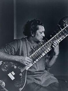 Ravi Shankar by  Yousuf Karsh