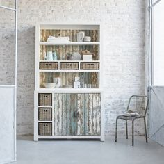 Vaisselier en pin recyclé - vitrine largeur 125 cm - 2 portes + paniers rotins - atlantic Gardenandco | La Redoute