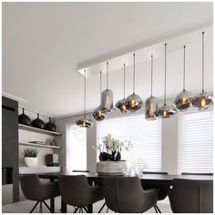 Nice connection to the ceiling - .- Mooie aansluiting op het plafond – Nice connection to the ceiling – - Dining Table In Living Room, Dining Table Lighting, Lounge Lighting, Bedroom Lighting, Dining Room Design, Home Lighting, Dining Tables, Living Rooms, Kitchen Lighting Fixtures