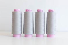 5 Essential Serger Tips for a Healthy Happy Machine (grainline) Serger Thread, Sewing Machine Thread, Serger Sewing, Sewing Coat, Dress Sewing, Sewing Machines, Sewing Blogs, Sewing Stores, Sewing Hacks
