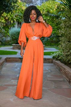Button-Down Top + High Waist Pleated Pants (Style Pantry) Look Fashion, Fashion Pants, Fashion Outfits, Daily Fashion, Fashion Trends, African Print Fashion, African Fashion Dresses, Classy Outfits, Stylish Outfits