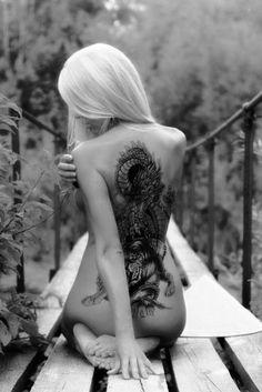 Black white dragon t