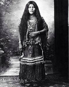 Isabelle Perico Enjady, des Apaches Chiricahuah, prisonnière de…