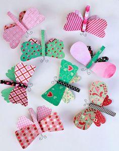 Borboletas feitas de papel e prendedor de roupa para decoração e festas infantis. Oiiieee! Já temos várias ideias com borboletas aqui n...