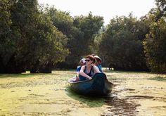 Đam mê du lịch: Hoàng hôn giữa ngã ba sông và rừng tràm mùa nước nổi