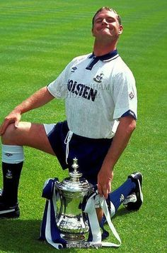 Gazza with Cup | Tottenham Hotspur Football Club