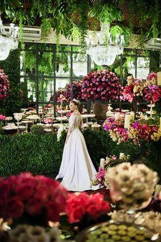 photo robe de mariée créateur pas cher 180 et plus encore sur www.robe2mariage.eu