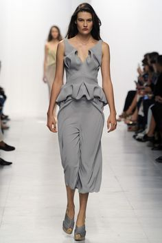 Chalayan RTW Spring 2014 [Photo by Giovanni Giannoni]