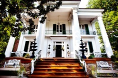 Riverwood Mansion, Nashville and other beautiful Middle Tennessee wedding venues. Detailed info, prices, photos for wedding reception locations. Southern Mansions, Southern Homes, Southern Charm, Southern Style, Southern Living, Southern Plantations, Southern Comfort, Country Homes, Mansion Homes
