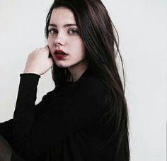 female character inspiration, brunette