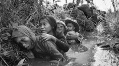 Una exhibición muestra las imágenes más icónicas de la guerra de Vietnam. Forman parte del impresionante archivo fotográfico de la agencia de noticias AP, que ganó varios premios Pulitzer por su cobertura del conflicto.