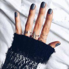 Get our T open ring and our cone ring on Lunapyxis.com !  Ref: RG20 & RG40 Retrouvez la bague T et la bague cône sur Luna Pyxis! Ref: RG20 & RG4  RG from @fashionablykay  #fblogger #lunapyxis #ring #rings #bagues #bague