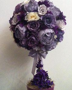 Copacelul cu flori #aranjament #flori #artificiale #floriartificiale #lila #mov #decoratiuni #unicat #cadou #inedit #surpriza #emotie #bucurie #flowerstagram www.beatrixart.ro