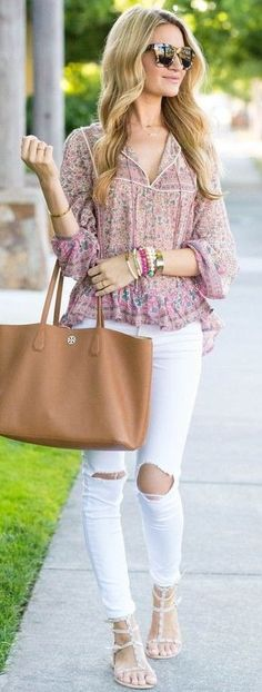 #summer #trendy #outfitideas Blush and Blue Floral Top + White Denim