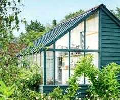 Custom Touches: Greenhouse Hybrid