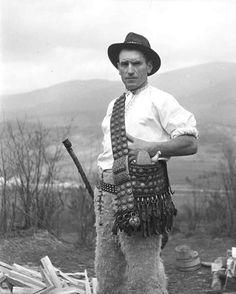 Cowboy Hats, Westerns, Nostalgia, Life, Art, Pictures, Art Background, Western Hats, Kunst