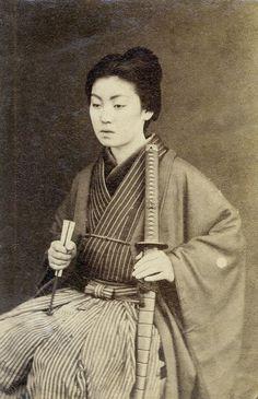 vintage everyday: Woman Samurai Warrior – 12 Rare Vintage Photos of Japanese Ladies with Their Katana Swords