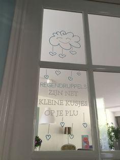 Hou je ook van quotes & mooie uitspraken: maak deze kant en klare DIY raamversiering van de herfst op je eigen raam. Voor een klein prijsje te downloaden.