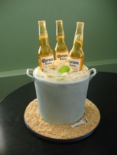 This is one of my favorite cakes!!  -cakes by stephanie