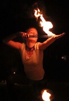 Körperfeuer und Feuertanz
