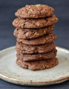 These chocolate pepita cookies are a little different and whole lot tasty! Crunchy, dense, salty - you name it! Plum Pie Recipe, Dark Chocolate Chips, Pie Recipes, Tray Bakes, Chocolate Recipes, Bon Appetit, Spy, Baking Soda, Meal Planning