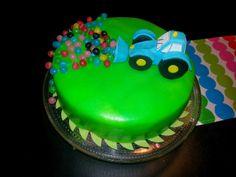 Silmukoita ja suklaakakkua: Autokakkuja Birthday Cake, Cakes, Desserts, Food, Tailgate Desserts, Deserts, Cake Makers, Birthday Cakes, Kuchen