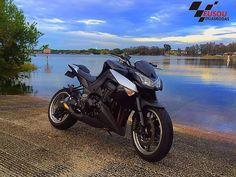 #kawasakiz1000 ______________________________________________  #bikelife #Instamotogalery  #bikervideos #moto #motor #bike #repost  #photooftheday #yamaha #motorcycle #motocross #motorbike #honda #ktm #bmw #car #sportbiker #like4like #gopro #seguidores #kawasaki #ducati #cbr  #followme #suzuki #goprocar #eusouduasrodas by eusouduasrodas