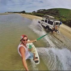 Land Rover Defender 110-BeachSurfing. Lol)